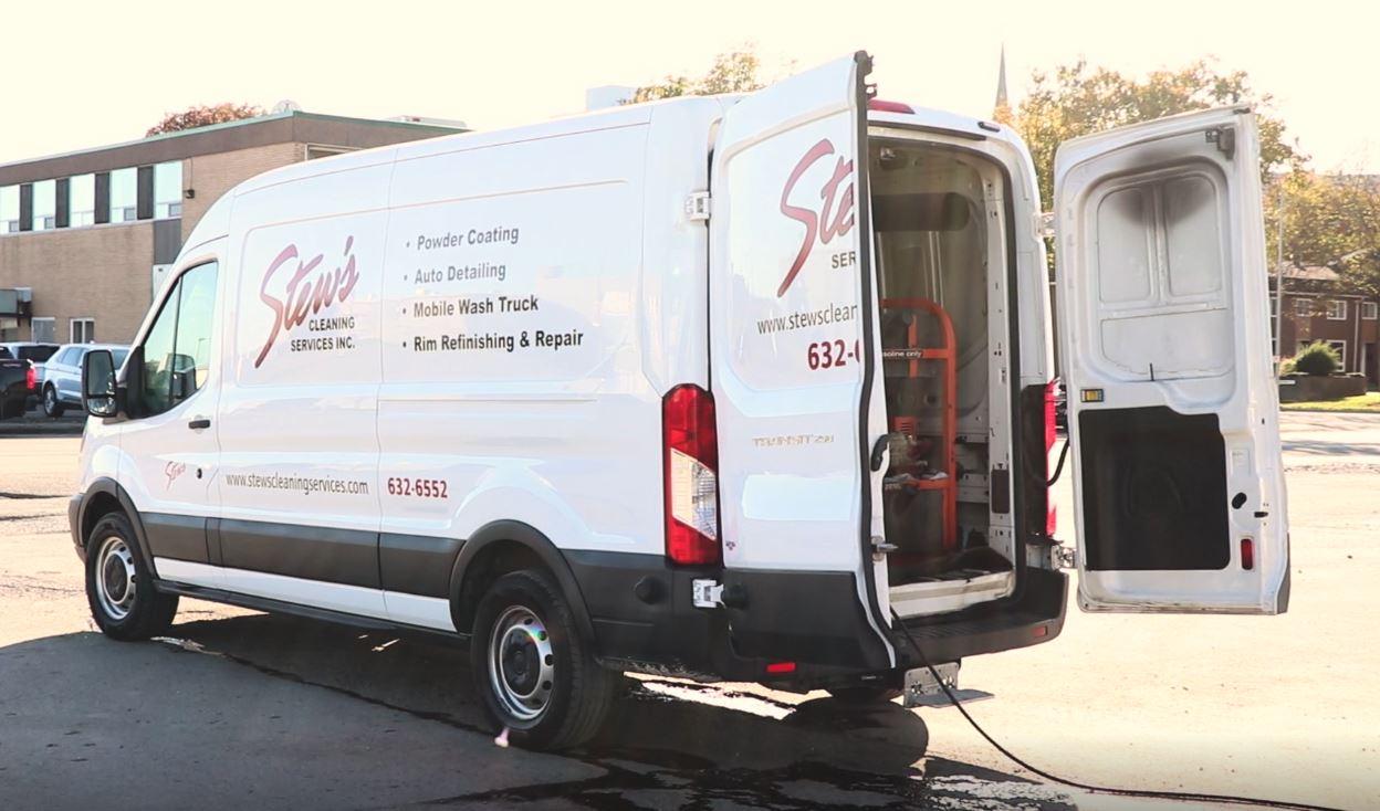 Stews Van